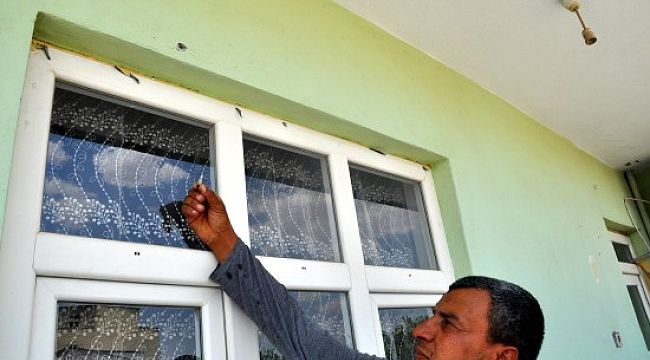 Sınırdan gelen kurşunlar evlere isabet etti (Videolu Haber)