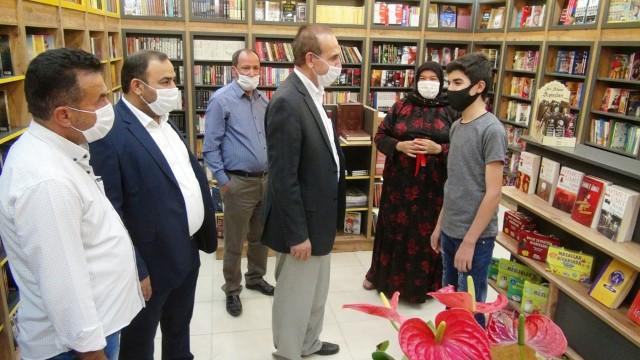Yalçınkaya Akçakale ilk kitabevi'nin açılışını yaptı (Videolu Haber)