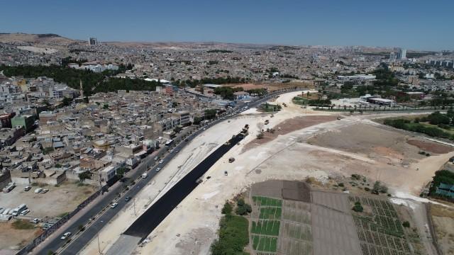 Akçakale yol genişletme ve kavşak çalışmaları devam ediyor (Videolu Haber)