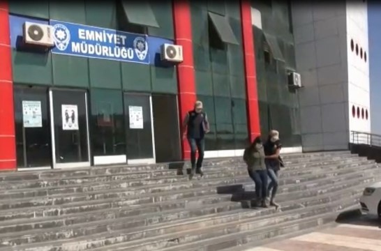 İkna edilen PYD/YPG'li örgüt mensubu teslim oldu (Video)