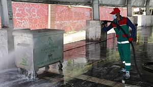 Karaköprü'de, kurban kesim sonrası yoğun temizlik (Video)