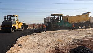 Büyükşehir'den dağ eteği bölgesine sıcak asfalt (Video)
