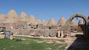 Tarihi kümbet evleri 7 ay sonra yeniden turistleri ağırlama başladı (Video)