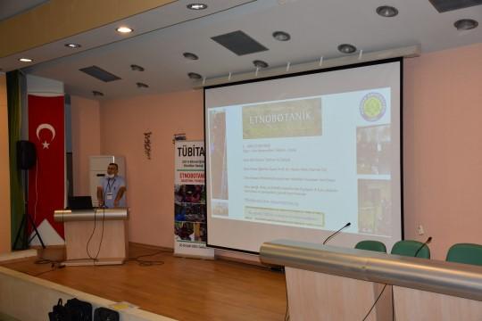 Tübitak destekli Etnobotanik araştırma teknikleri eğitimi HRÜ'de başladı