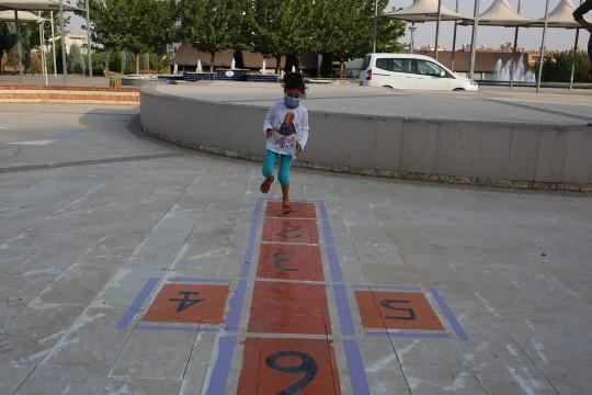Büyükşehir ile çocuklar parklarda daha çok eğlenecek (Videolu Haber)