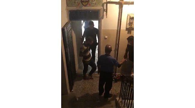 Kapıyı kilitleyip evini yakmak istedi