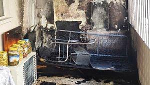 Şanlıurfa'da bir evde çıkan yangın eşyaları kül etti