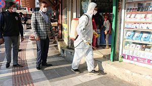Akçakale Belediyesi ile işyerleri dezenfekte ediliyor (Videolu Haber)