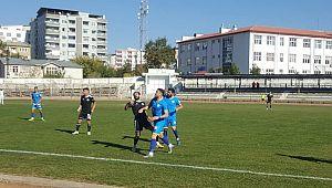 Karaköprü Belediyespor üç puanı üç golle aldı