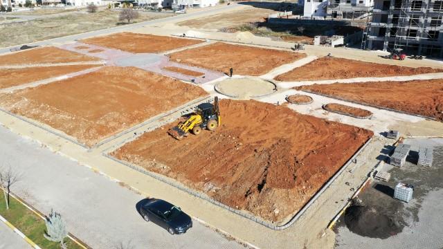 Güllübağ'a 6 bin metrekarelik park kazandırılıyor (Videolu Haber)