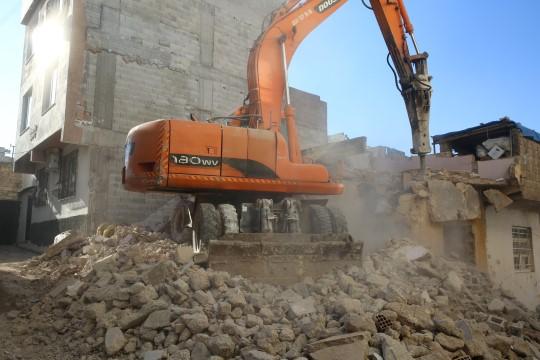 Haliliye Belediyesi, 1 yılda 78 metruk yapıyı yıktı (Videolu Haber)
