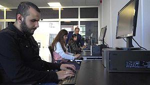 HRÜ'nün geliştirdiği yazılımlar engelli öğrencilere kolaylık sağlıyor (Video)