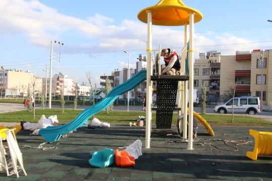 Parklar, Haliliye Belediyesi ile güzelleşiyor (Videolu Haber)