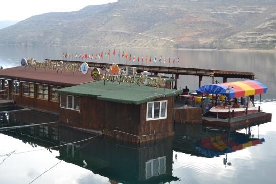 Büyükşehir'den 2 adet yüzer duba restoran yer kiralama ihalesi