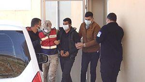 DEAŞ'lı 3 terörist, Suriye sınırında patlayıcılarla yakalandı (Videolu Haber)
