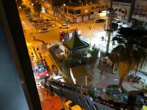 Şanlıurfa caddesin'de korkutan otel yangını: 1 ağır yaralı (Videolu Haber)