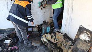Yanan evi Viranşehir Belediyesi temizledi