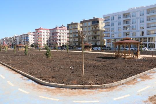 Viranşehir'deki kent parkı yapımında sona gelindi (Videolu Haber)