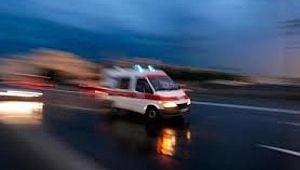 Kamyonet traktöre çarptı: 3 yaralı