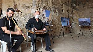 Kızılkoyun nekropolünde 'turizm şehri Şanlıurfa' konulu fotoğraf sergisi(Video)