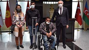 Şanlıurfa valisi iki engellinin hayatını kolaylaştırdı