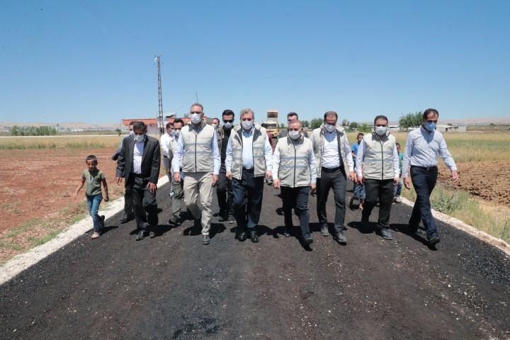 Beyazgül Eyyübiye'deki asfalt çalışmalarını inceledi