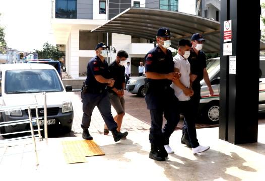 Antalya'da fuhuş operasyonunda 2 tutuklama
