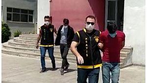 FETÖ tehdidiyle 40 bin lira dolandıran 3 sahte polis tutuklandı ( Video Haber )