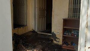 Yalnız yaşayan yaşlı kadının evi yandı ( Video Haber )