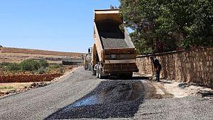 Halfeti kırsalında asfaltlı yol çalışması