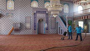 Şanlıurfa'da ibadethaneler bayrama hazır