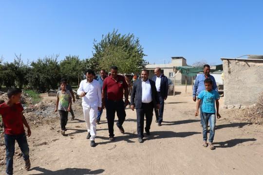 Akçakale kırsalında bir mahalle daha asfaltlanıyor