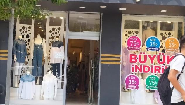 Cansız mankeni çalınan mağaza sahibi konuştu ( Video Haber )
