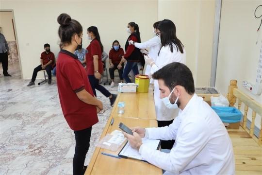 Okullarda aşı çalışmaları devam ediyor ( Video Haber )