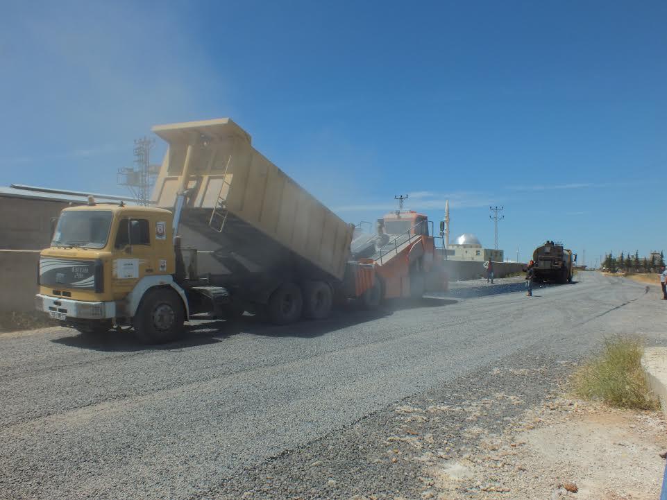 Büyükşehir, Harran kırsalında asfalt serimine başladı