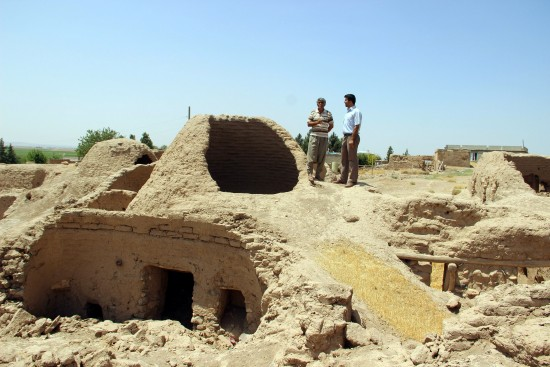Suruç'taki kümbet evler zamana direniyor