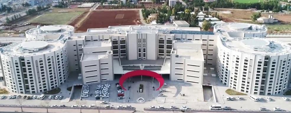 Bu Hastaneye günde 30 bin kişi geliyor(Video)