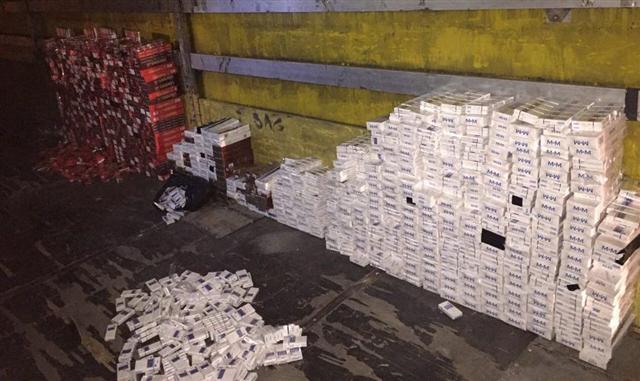 Şanlıurfa'da 26 bin 100 paket kaçak sigara ele geçirildi