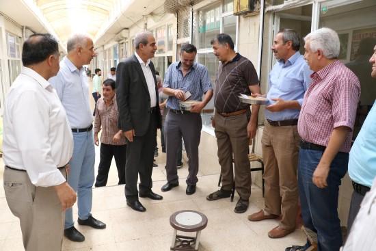 Demirkol, Zahireciler Borsasını ziyaret etti