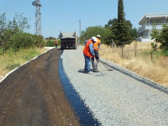 Hilvan kırsalında 60 kilometrelik asfalt çalışması