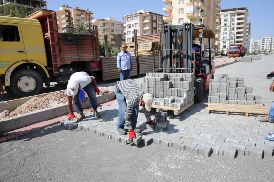 Karaköprü'de kilitli parkesiz yol kalmayacak