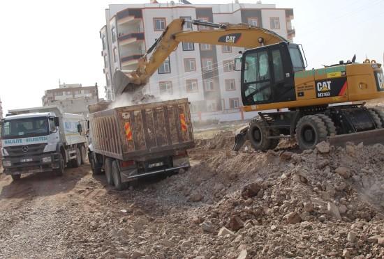 Haliliye Belediyesi, konuklu'da 54 yeni yol açtı