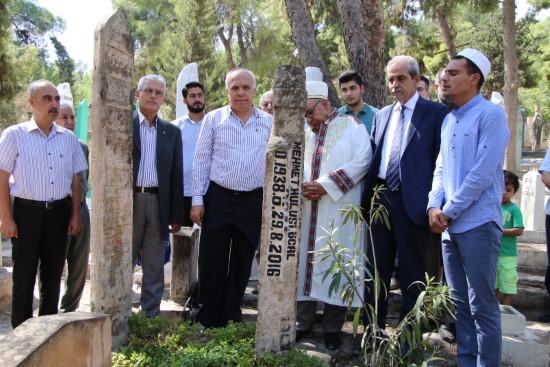 Demirkol'dan şair-yazar Hulusi Öcal'a vefa örneği