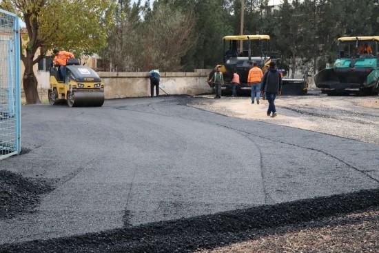 Şanlıurfa'da asfaltlama çalışmaları sürüyor