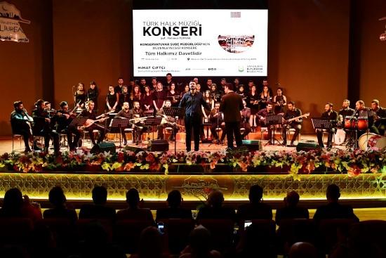Şanlıurfa'da Türk halk müziği korosu ilk konserini verdi