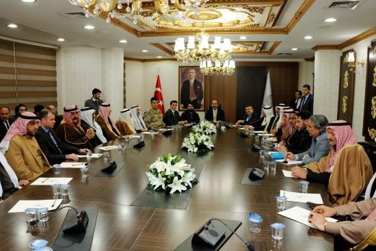 Suriyeli aşiret liderleri operasyon gündemiyle toplandı