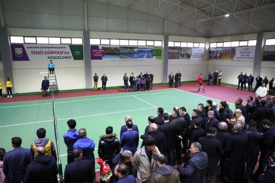 Bölgede bir ilk olan tenis dünyasının açılışı gerçekleştirildi