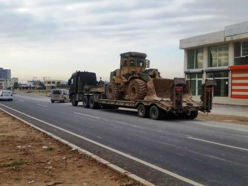Suriye sınırına askeri iş makineleri sevk edildi