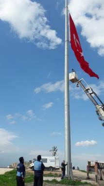 Bayrak Tepe'deki dev bayrakla ilgili açıklama yapıldı