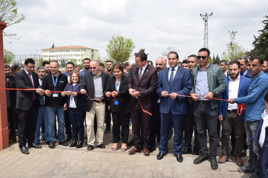 Viranşehir'de 200 bin TL'ye yenilenen parkın açılışı yapıldı